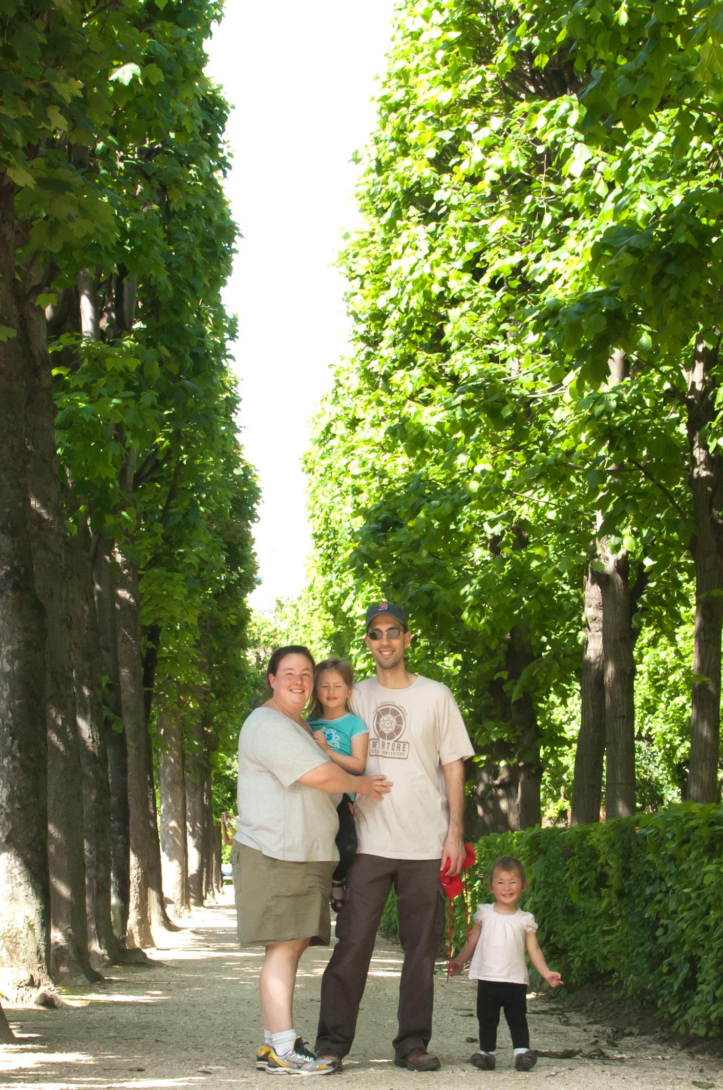Jen, Josie, Jordi and Celia at the Rodin Gardens