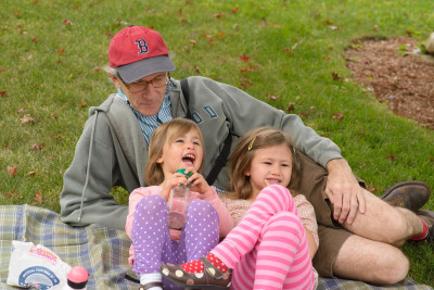 Papa Celia and Josie picnicing